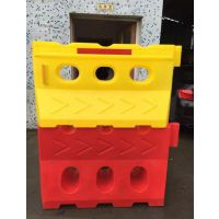 供应塑料滚塑水马厂家 滚塑水马生产基地 道路防护栏水马、施工水马、反光水马