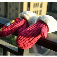 外贸清仓冬季可爱 女 彩色九心红色手套针织粗线加厚毛口保暖手套