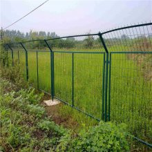 旺来成都框架护栏网 哪里有卖围栏网的厂家 钢丝网围栏