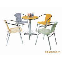 供应铝藤家具 彩色咖啡餐桌椅 防火板休闲桌 奶茶店酒店成套家具