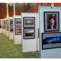 厂家供应学生书画作品展览展板 可自由组装式八棱柱折叠展板
