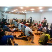 克莱德曼琴行 销售国际国内品牌吉他