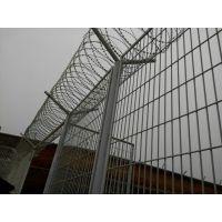 潍坊生产车间围栏网@鸿德铁路安全防御护网@吉林、蛟河市浸塑护栏网
