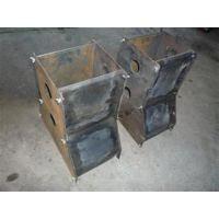水泥隔离墩钢模具 吉林隔离墩钢模具 旭伟模具(在线咨询)