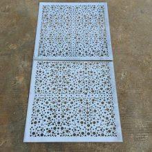 供应宁夏冲孔铝方板条型扣板天花 铝扣板厂家 铝扣板规格
