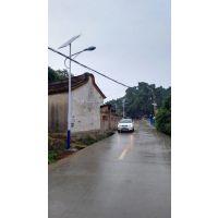内蒙赤峰6米30瓦新农村太阳能路灯