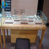 供应展柜用6mm8mm钢化玻璃