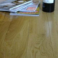 深圳自然厂家直销大自然野生原木18mm实木地板橡木批发纯实木地板