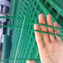 旺来草坪塑钢护栏 围山护栏网 农业示范园隔离栅