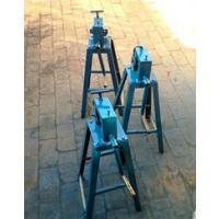 铁皮压边机铁皮起线机可制作成各种方形、矩形的薄板风管,是各种钣金加工、风管制作等不可缺少的机械化设备