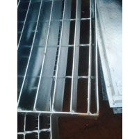 上海立体停车场高端定制平台钢格栅,上海船舶重承载平台钢制格栅,上海发电厂钢梯踏步板