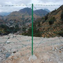附着力强、不腐蚀多功能防护网吴忠刺线铁蒺藜符合立柱栏杆三角柱优盾牌铁柱子立柱服务好