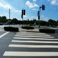 三源钢制品供应的公路标线:公路标线厂商代理