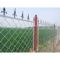 学校铁丝网围栏网 勾花护栏网 操场隔离网