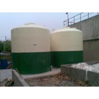 威豪滚塑容器供应濮阳8.5吨塑料反应釜8500升塑料反应釜厂家