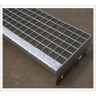 格棱美不锈钢踏步板热镀锌踏步板