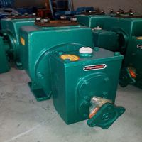 供应淄博龙威泵业生产65QSB-40/45 型绿化车水泵
