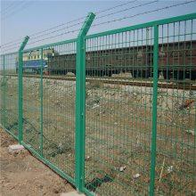 呼和浩特旅游区浸塑防护网/承德户外草坪2&3护栏网/ 铁路围栏网
