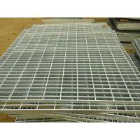山东专业生产热浸锌钢格板,格栅板。钢格板护栏,踏步板等质量优价格合理,