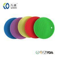 厂家供应 新款多功能 硅胶防滑隔热垫 环保餐具