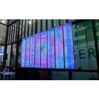 供应LED透明玻璃显示屏@万象屏可定制客制化类透明玻璃产品可达到LED显示屏效果