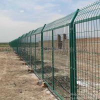 【新疆欧利特】供应高速公路护栏网,高速护栏,可定制15299062011