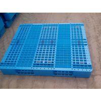 供应山东临沂奥盛兰川字网格1212聚乙烯材质塑料托盘动载1500kg量大可以定制生产