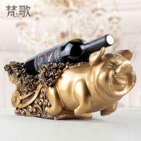 热销 创意树脂工艺品装饰品 玫瑰花卉浮雕招财猪复古红酒架摆件