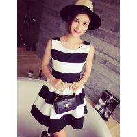小银子2015夏装新款欧美撞色条纹蓬蓬连衣裙Q5418