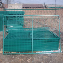 万泰框架护栏网 绿色长格铁丝网 铁丝围栏