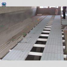 使用粪尿自动分离清粪系统,目前***环保的清粪系统 玻璃钢漏粪板 地板支撑梁 河北华强