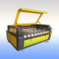 供应GR1610,双头激光切割机,布料激光切割机价格是多少
