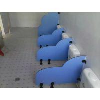 深圳生产厂家直销坪山新区学校防水抗倍特卫生间隔断上门安装厕所隔断