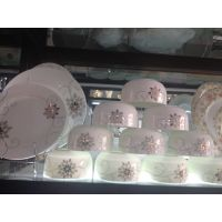 批发供应淄博陶瓷餐具套装 骨瓷高档餐具套装创意碗碗盘碟