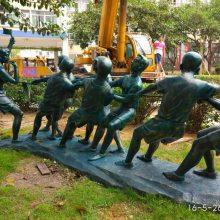 ?树脂拔河比赛雕塑摆件价格 玻璃钢仿铜?拔河人物景观雕塑厂家供应商