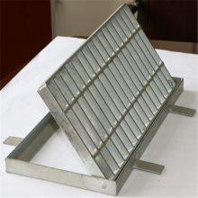 边沟盖板规格 电缆沟钢盖板定制 排水沟盖板价格