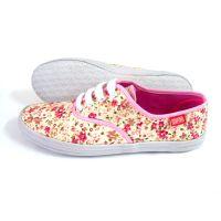 厂家直销女士单鞋 价格便宜高品质