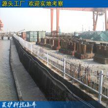 东莞马路公路护栏栅栏 清远隔离带护栏批发 异型方管喷涂护栏