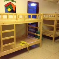 定做咸阳实木床, 进口美国南方松家具,成都幼儿园家具厂