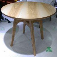 火拼热卖 中餐厅实木圆桌 快餐厅优质木制餐桌椅 两人位桌子 运达来