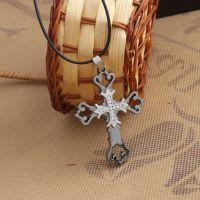 黑暗骑士镶钻十字架项链 男女新款锁骨链 欧美复古饰品批发