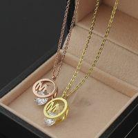钛钢饰品批发 M字母夹钻项链 18K女士项链速卖通热卖 玫瑰金-金色