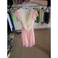 妇女装雪纺连衣裙广州便宜一百件左右的裙子十元全清 地摊的甩货的快 来啦