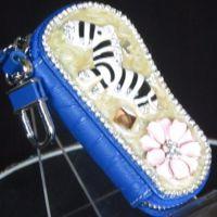 Y14一件代发 汽车钥匙包真皮镶贴钻钥匙包 促销价伙拼 旅游暴款