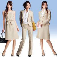 云南女职业西服套装定做提供商产品信息——个性昆明工作服