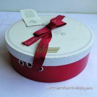 供应深圳来样定制节假日手工包装盒,送礼纸礼品盒