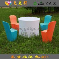 高档餐厅专用宴会椅  酒店PE塑料桌子椅子 多种颜色可以订做