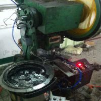 厂家定制 单片材料送料机械手 小片自动送料冲压机械手 大永圣