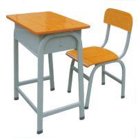 课桌椅河南郑州课桌椅在哪能大量低价批发