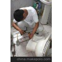 南京马桶水箱漏水怎么办 马桶水箱的修理方法疏通马桶